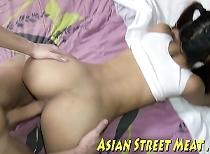Blue-pencil oriental bonding woman