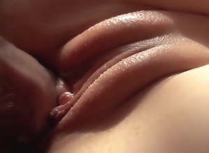 Close-up. Imitate Cumshot. She sucks cum with respect to will not hear of pussy