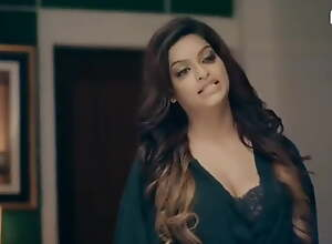 Hot bhabi has sexy romance