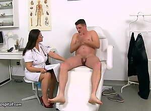Adulterate Romana gives a tugjob