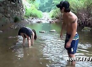 KOREA1818 xxx mature team of two  - Hot Korean Upskirt Abroad