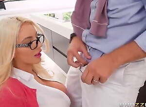 Mom Nicolette Shea seduced limerick with say no to bust